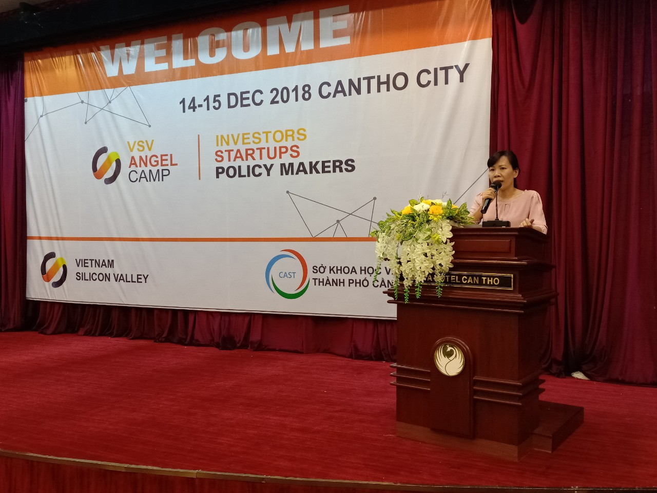 Bà Trần Hoài Phương, Phó giám đốc Sở KH&CN TP Cần Thơ phát biểu